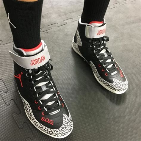andre ward boxing shoes andre ward spotted wearing air 3 black cement