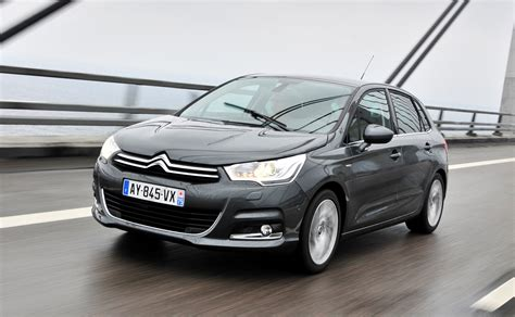 Citroen C4 Review by Citro 235 N C4 Hatchback Review 2011 Parkers