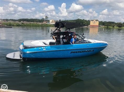 wakeboard boats arkansas 2018 used moomba craz ski and wakeboard boat for sale