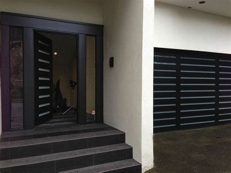 classic moderno exteriorfront door  matching