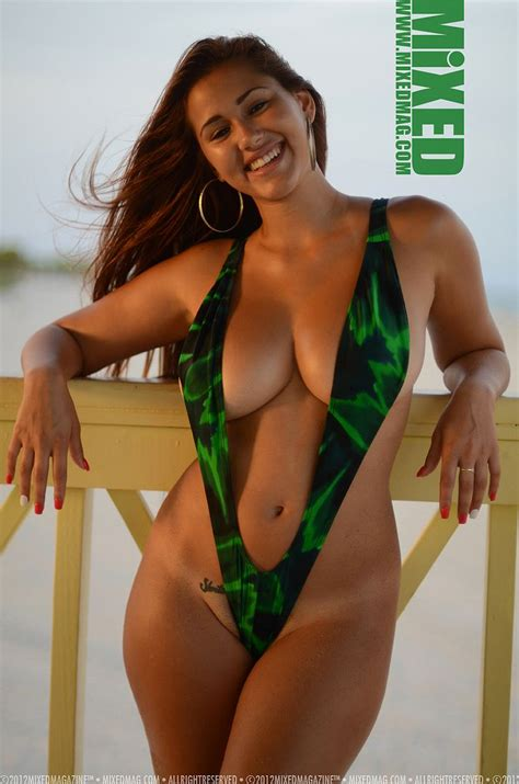 Rosanna Castillo Mixed Hot Photos In Micro Bikini Her Wardrobe Pinterest