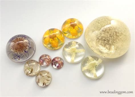 how to make resin jewelry with flowers 20 resin jewelry diys to explore this weekend