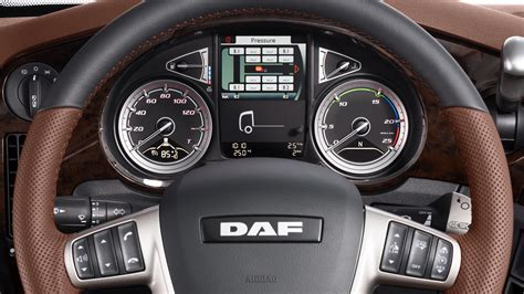 new line upholstery die neuen daf cf und xf pure excellence daf trucks
