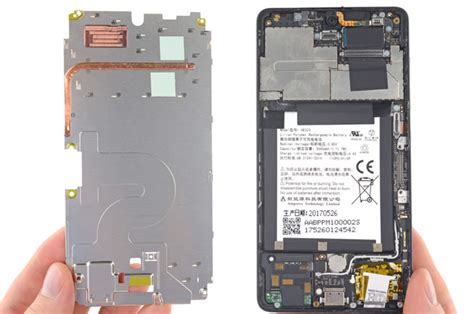 essential phone teardown shows it is extremely to