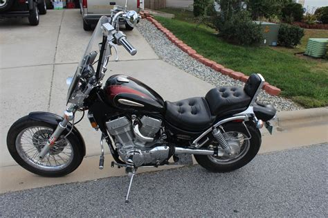 Suzuki Intruder 1400 Battery 1996 Suzuki Intruder 1400