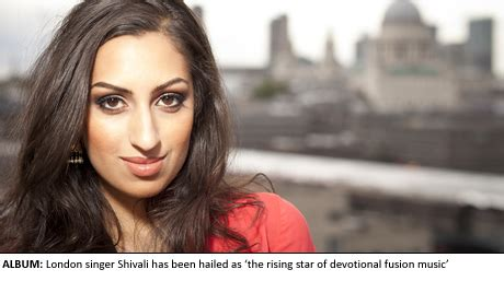 Rnb Broklat Farah Royal make your war to the temple with shivali uncategorised the asian today