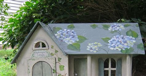 mastroni painted dollhouse hydrangea cottage