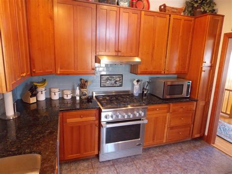cleaning oak cabinets kitchen cleaning your kitchen cabinets minwax blog