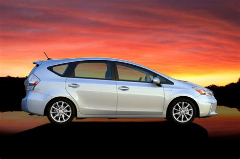 toyota worldwide toyota has sold 6 million hybrids worldwide motor trend wot