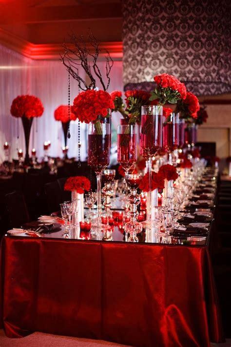 Decoração de casamento vermelho e branco: dicas e ideias