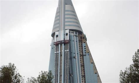 north koreas hotel  doom   worlds largest