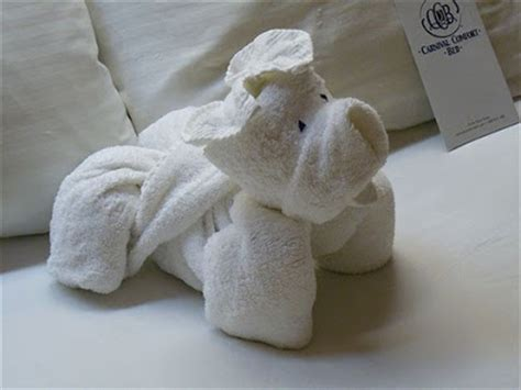 Origami Towels - hotel towel origami damn cool pictures