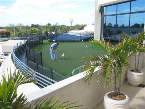 jm lexus scores with rooftop golf course pro shop