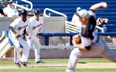 uwm enjoys experience against brewers