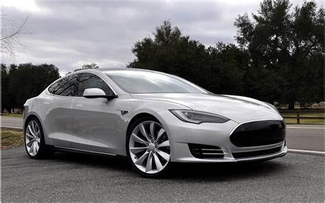 Electric Car Tesla Tesla Motors Basks In Glow Of Electric Earnings Report