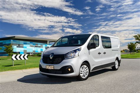 2017 Renault Trafic Crew Review Caradvice