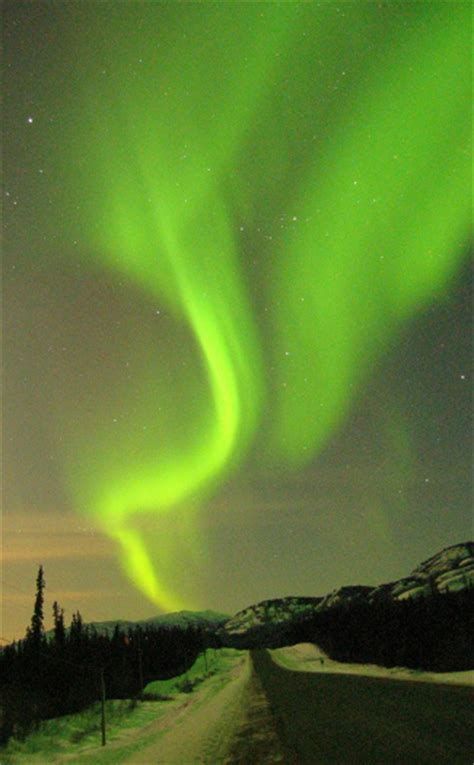 see the northern lights in 10 places to see the northern lights in alaska canada