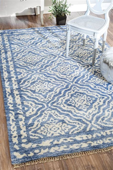 And Blue Rug by 25 Best Ideas About Blue Rugs On Carpets