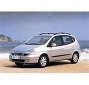 Daewoo Tacuma  Photos News Reviews Specs Car Listings