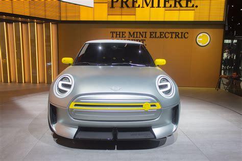 2019 mini electric new concept previews mini electric car coming in 2019