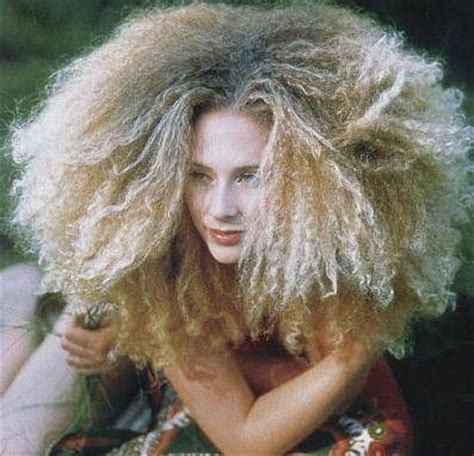 halloween hairstyles for curly hair 10 cute halloween hairstyle ideas