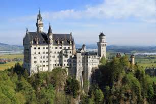 most beautiful castles tradcatknight 10 most beautiful castles in the world