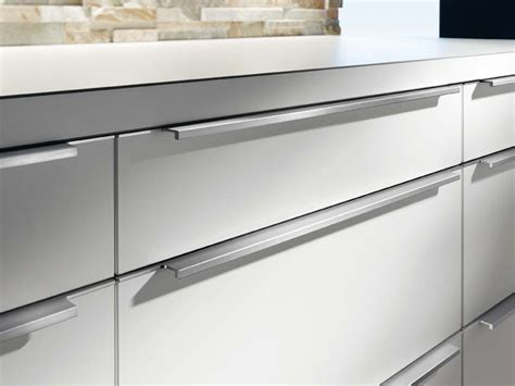 modern kitchen cabinet handles choosing kitchen handles