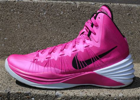Sepatu Basket Nike Hyperdunk2014 Yow pink basketball shoes 2014 www pixshark images galleries with a bite
