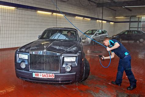 roll royce dhaka 100 cars of bangladesh roll royce phantom rm