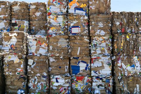 How To Make Paper From Waste Paper - scientists discover how to turn mountains of paper waste