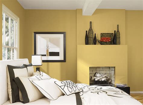 paint wall in bedroom gray and yellow bedroom theme decorating tips