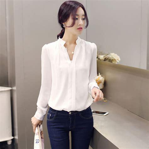 A58 10 Kemeja Atasan Wanita Lengan Pendek Sifon Biru Putih Garis model baju kemeja putih wanita semakin populer