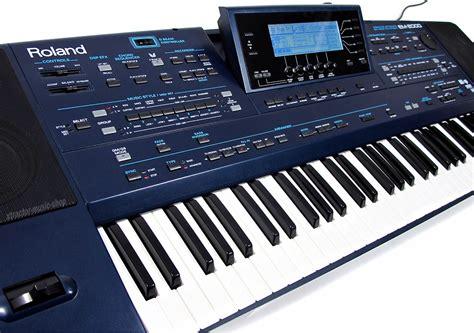 Keyboard Roland Em 2000 roland em 2000 entertainerkeyboard mit lautsprechern em2000 va ovp 1j gew 196 hr ebay