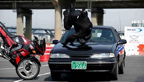 Motorrad Fahren Mit Normaler Jacke by Der Airbag F 252 R Motorradfahrer 187 Twin Zweiradmessen
