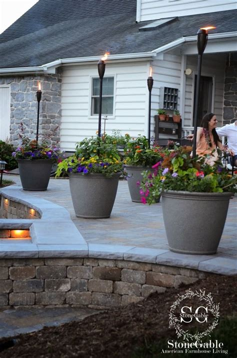 Patio Planters by 25 Best Ideas About Patio Planters On