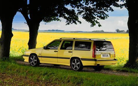 1995 volvo 850 t5 r wagon rear three quarter photo 24