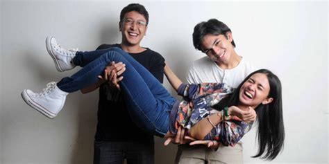 film drama romantis indonesia 2015 magic hour terlalu dalam michelle ziudith terbawa peran raina magic
