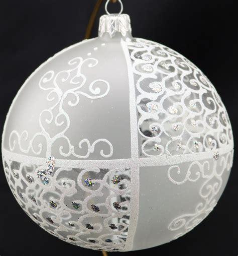 durchsichtige weihnachtskugeln durchsichtige sowie matte weihnachtskugeln aus glas 12 cm