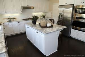 White Kitchen Countertops The World S Catalog Of Ideas