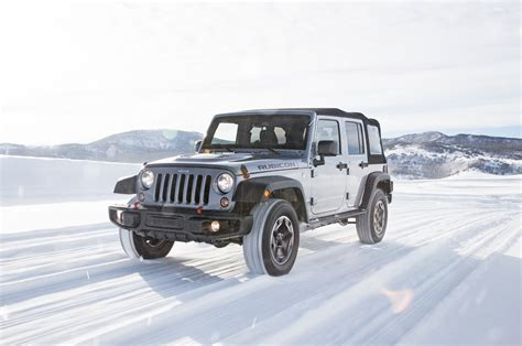 how much weight can a jeep wrangler unlimited tow jeep wrangler vs mercedes g550 vs toyota land cruiser