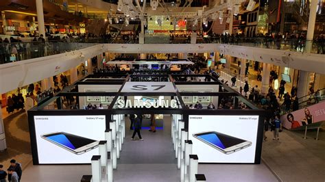samsung mobile studio samsung galaxy studio receives 125 000 visitors in