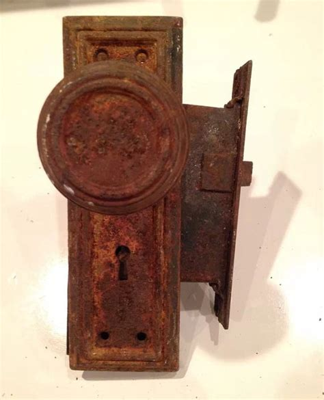 Door Knobs With Backplates by Rustic Vintage Door Knobs With Backplates By Homedecorandsuch