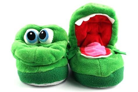 stumpies slippers growlin stompeez slippers