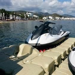 pedana galleggiante pedane galleggiante per moto d acqua