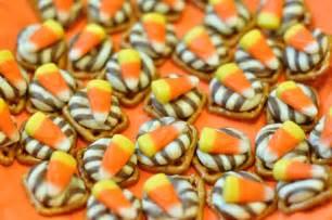 Halloween Treats by 20 Spook Tacular Halloween Treats Cupcake Diaries
