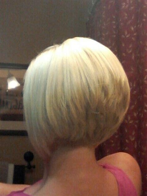 layered versus stacked bob my layered inverted bob hair styles pinterest bobs
