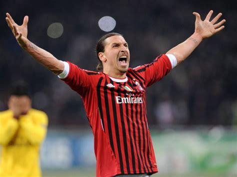 Ac Milan Zlatan Ibrahimovic zlatan ibrahimovic cada vez m 225 s cerca de fichar con el ac