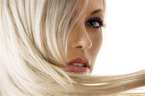 Haare Blondieren by Blondierung Der Clevere Weg Zum Blond Frisuren Magazin