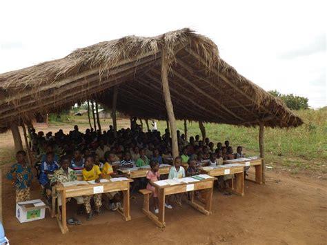 banchi scuola elementare togo banchi alle scuole elementari eccomi