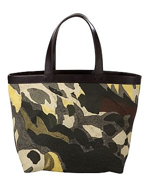 New Tote Bag Lacoste Motif Banyak lacoste brings new brands and leathergoods range to orlando the moodie davitt report the